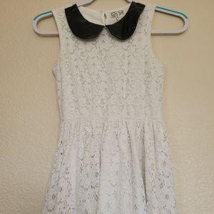 Kirra white lace dress size (xs)